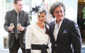 Anontio Meschino su žmona Asta