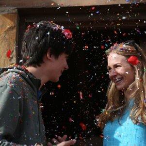 Per Valentino dieną – PANELĖS premjera kine: TŪKSTANČIAI MYLIŲ IKI TAVĘS