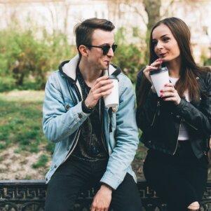 Jaunimo gretose plintanti santykių forma: to tau geriau niekuomet nepatirti