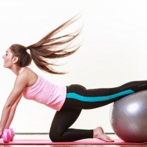 Apšilimo bei tempimo pratimai – ar jie būtini kiekvienai treniruotei?