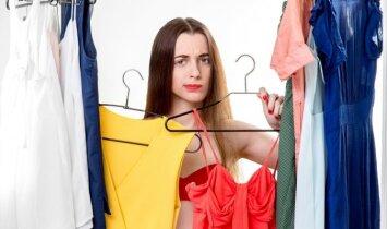 """10 drabužių, kuriuos <span style=""""color: #ff0000;"""">privalai išmesti</span> iš savo spintos"""