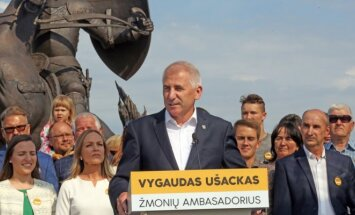 Vygautas Ušackas announces his decision to stand in next May's presidential election