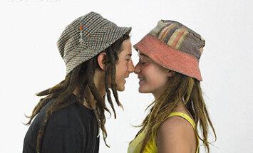 Meilė, paaugliai, draugystė, pasimatymas