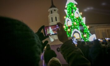 На главной елке столицы Литвы зажглись огни