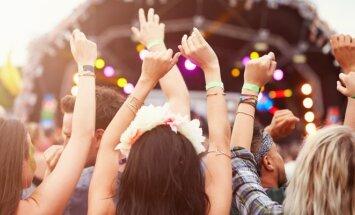 10 muzikos hitų, kuriuos privalai išgirsti šią vasarą