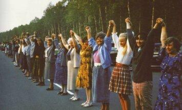 The Baltic Way, 1989. Photo by Čepliauskas