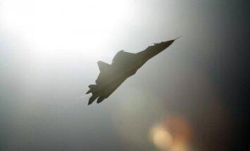 5 kartos Rusijos karo lėktuvas Sukhoi T-50