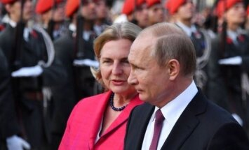 Карин Кнайсль пригласила Путину на свадьбу - он неожиданно согласился