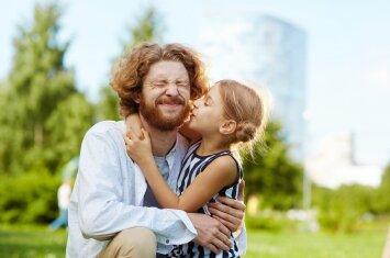 Stebuklingi žodžiai, kurių vaikui reikia kaip oro