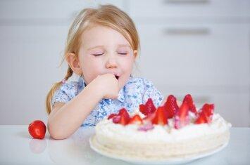 Raminta Bogušienė: daugelis mums įprastų pyragų kenkia sveikatai