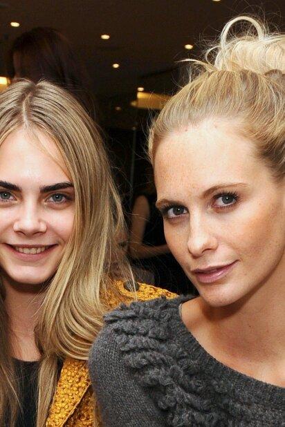 10 priežasčių, kodėl savo gyvenime taip gera turėti vyresnę sesutę