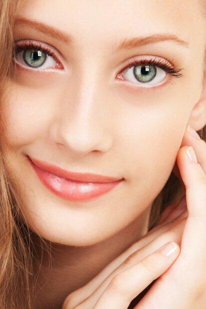 4 būdai, kaip išsaugoti sveikas akis nuolatos žvelgiant į išmanųjį telefoną