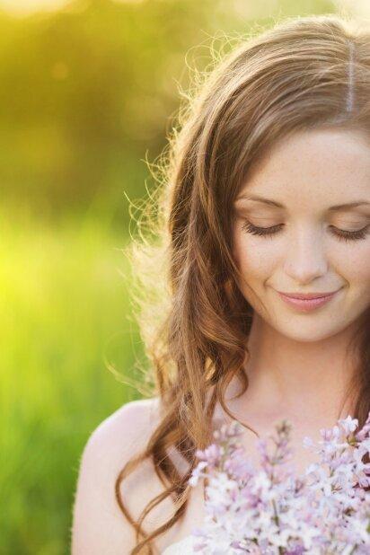 4 taisyklės, kaip turėtum prižiūrėti plaukus vasarą
