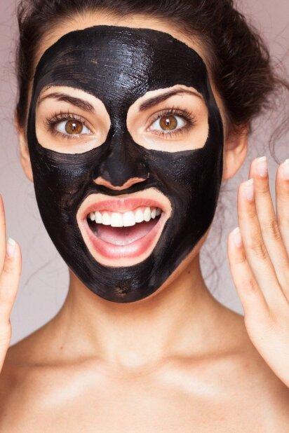 Populiariosios juodosios kaukės: viskas, ką turi apie jas žinoti