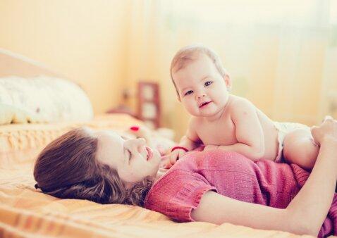"""Motinos dienai skirtas nuotraukų konkursas <sup style=""""color: #ff0000;"""">(REZULTATAI)</sup>"""