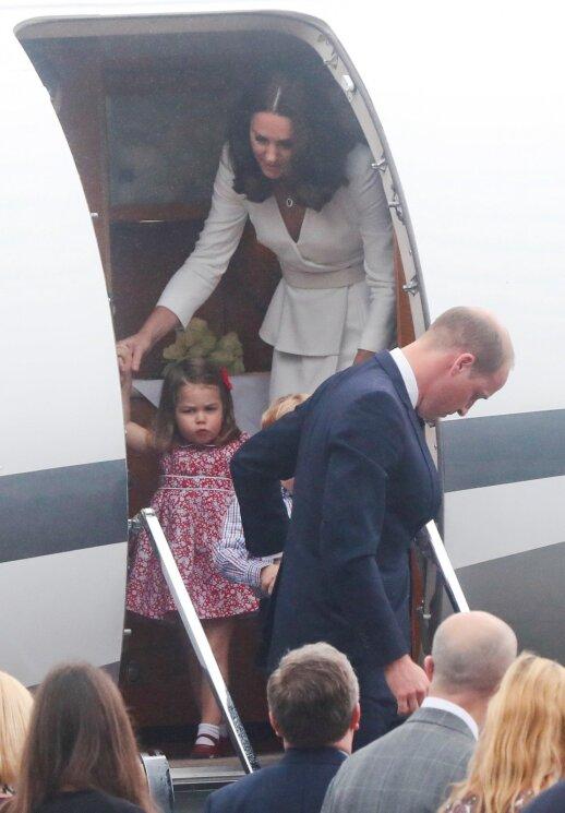 Tik pažiūrėkite, kokie jau paaugę karališkieji mažyliai (FOTO)