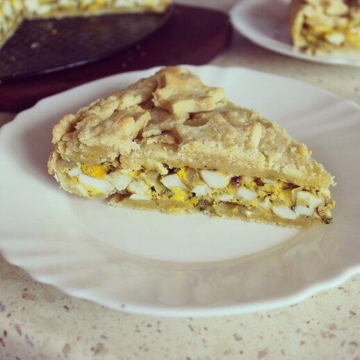 Trapios tešlos pyragas su virtais kiaušiniais