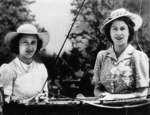Princesė Margaret su Elizabeth II