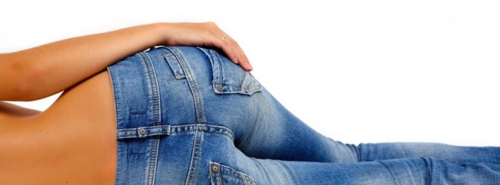 Dėl per siaurų kelnių į ligoninę: kokie pavojai tyko už <em>skinny</em> džinsų
