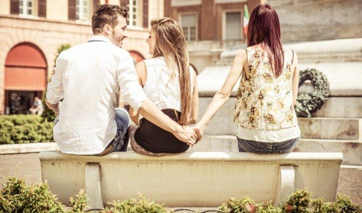Yra tekę rinktis tarp geriausios draugės ir vaikino? Papasakok savo istoriją! (Konkursas baigėsi)