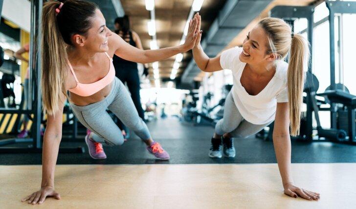 """Subalansuota sportuojančioms: laimėk """"XS"""" rinkinį, į kurį sudėta visa treniruotės nauda!"""