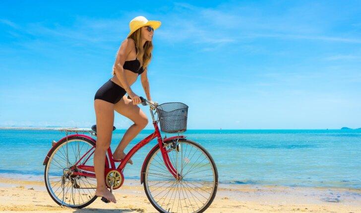 Viskas, ką turi žinoti apie saulės poveikį odai: naudinga bet kokio amžiaus merginai