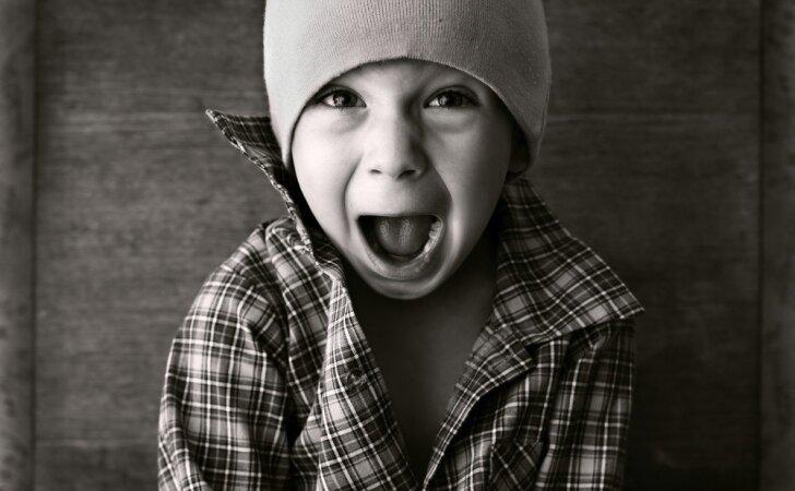 Vaiko agresija: mušasi, kandžiojasi ir verkia