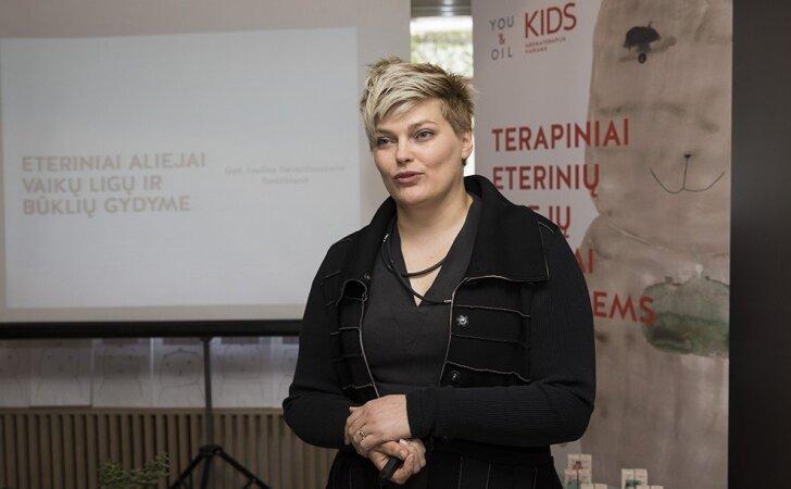 Gydytoja Evelina Nevardauskaitė-Rudzikienė – apie natūralias gydymo priemones susirgus vaikui