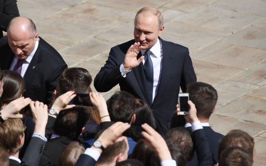 ФРГ и Франция ждут от Путина конструктивного сотрудничества