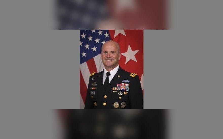 С визитом в Латвии находится командующий армией США в Европе