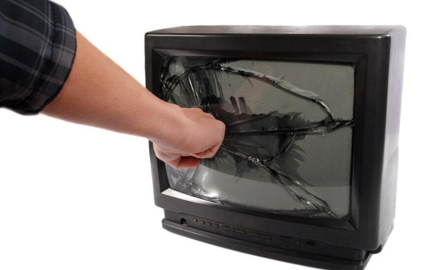 """Латвия ограничит ретрансляцию телеканала """"Россия РТР"""""""