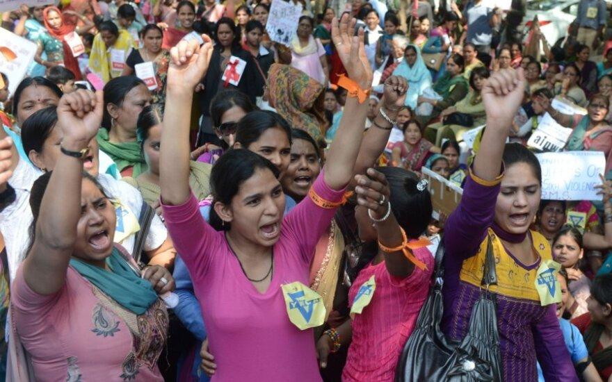 Protestas prieš žaginimus Indijoje