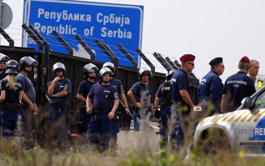 Венгрия ввела чрезвычайное положение из-за наплыва беженцев