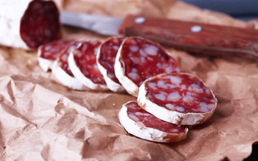 Латыши в копченой колбасе Biovela нашли кишечную палочку