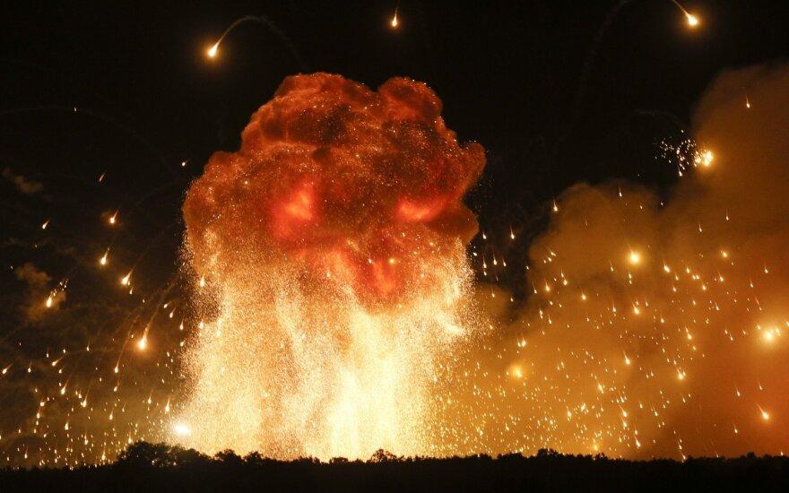 Взрывы возле Ични: локализовано 35% пожара