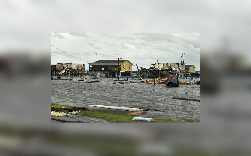 """Ущерб от урагана """"Харви"""" в Техасе оценили в 180 млрд долларов"""