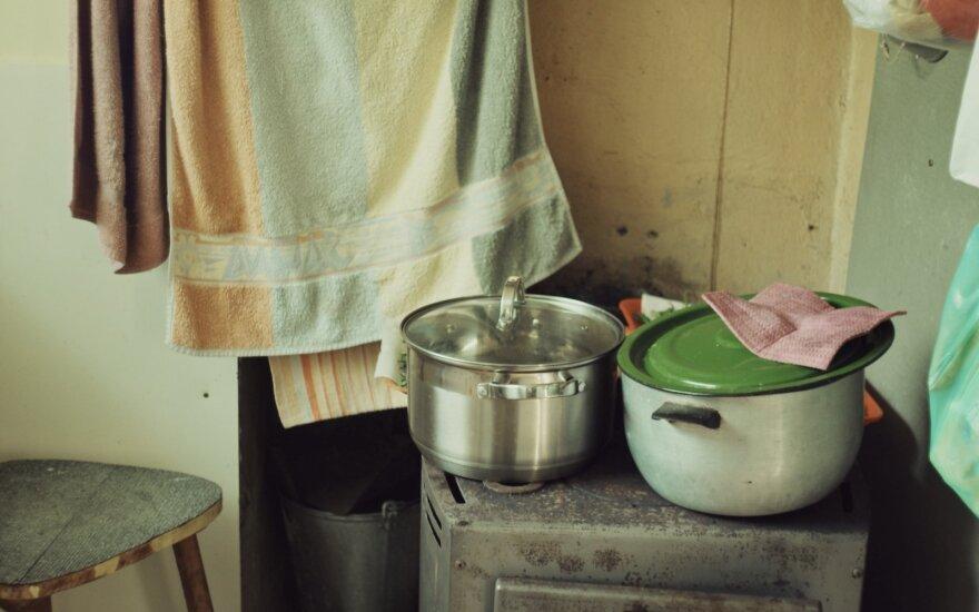 Карантин обернулся против самой уязвимой группы: дети из малоимущих семей остались без еды