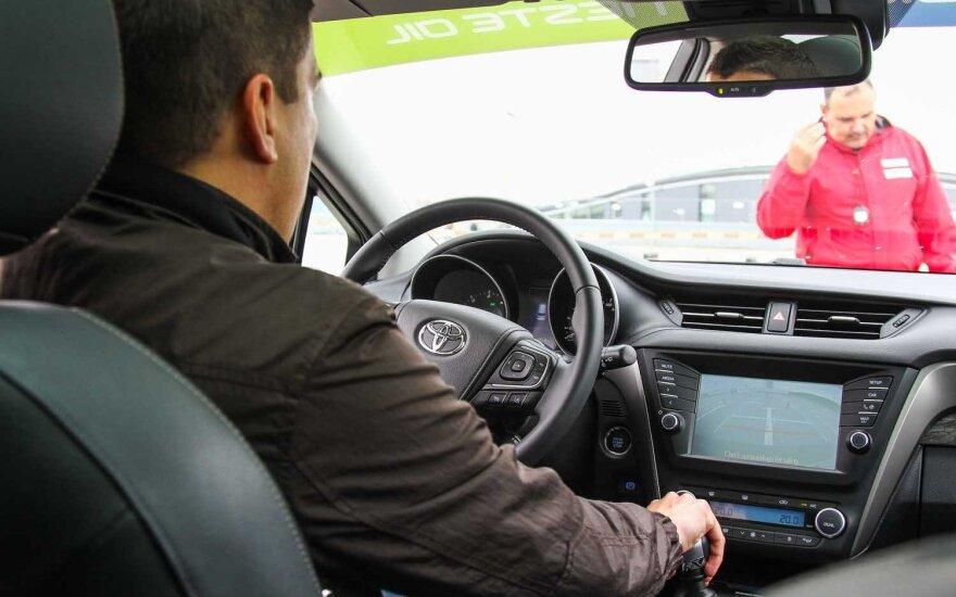 В Радвилишкисе проходят выборы лучшего водителя Литвы