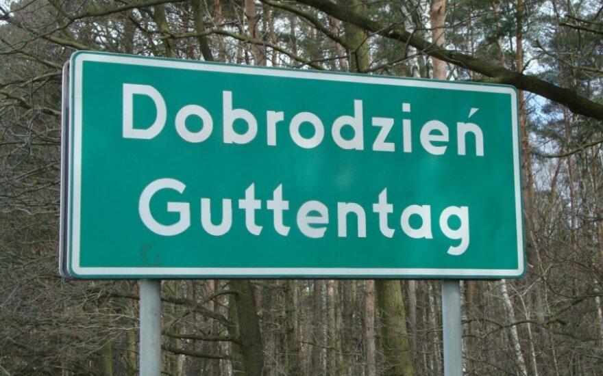 Niemieckie dwujęzyczne tabliczki Foto: Krzysztof Kolanowski
