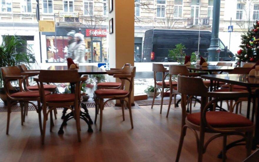 Перед Новым годом в кафе в два раза снизилось число посетителей