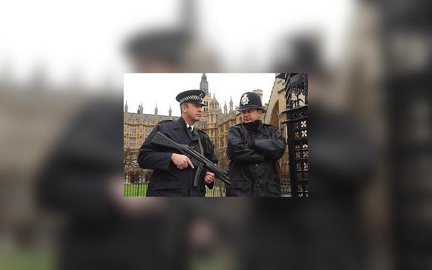 Лондонским полицейским предлагают учить литовский язык