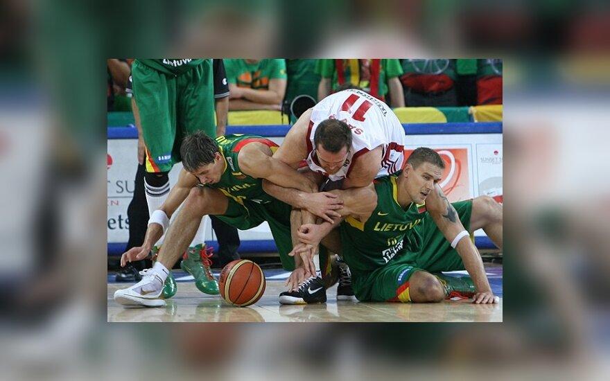 Литовская сборная неудачно стартовала на ЧЕ