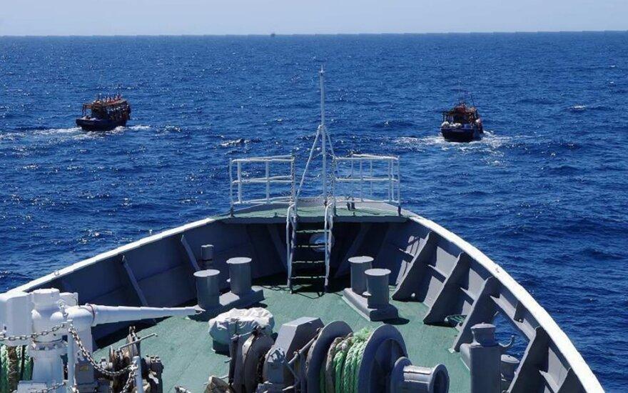 Japonija per kelis mėnesius iš žvejybos rajono išvarė per 300 Šiaurės Korėjos laivų