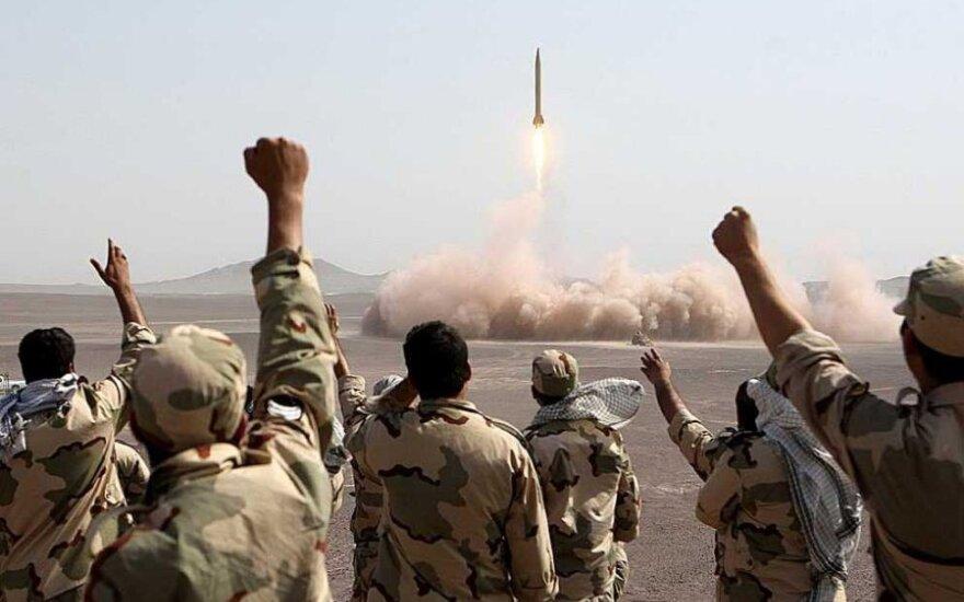Irano karinės pratybos