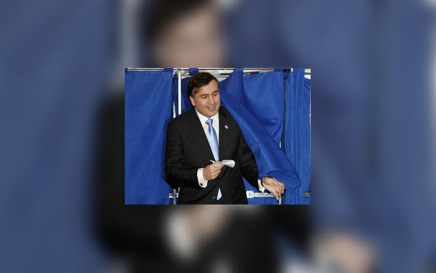 Michailas Saakašvilis balsuoja