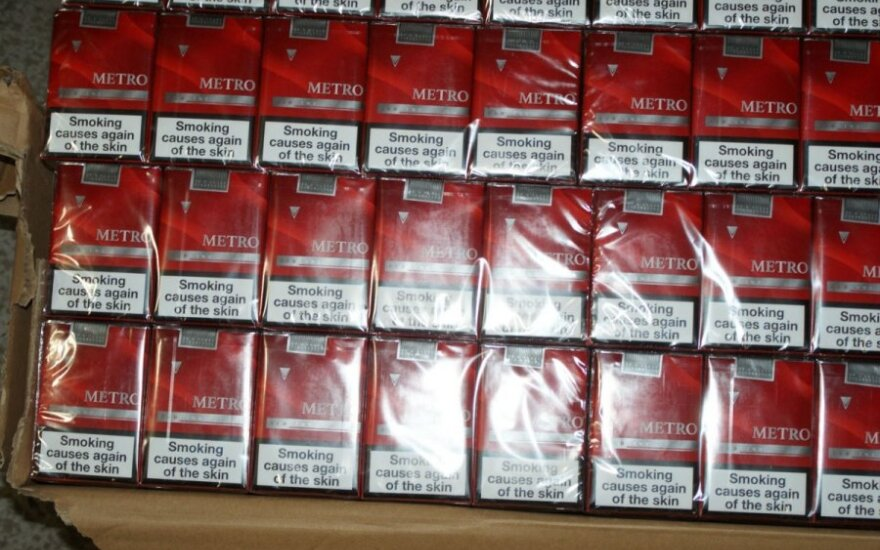 Все больше контрабандных сигарет попадает в Литву из Латвии