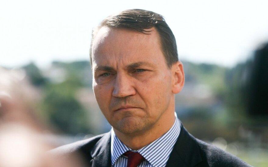Radosław Sikorski: Polsko-amerykański sojusz szkodzi Polsce