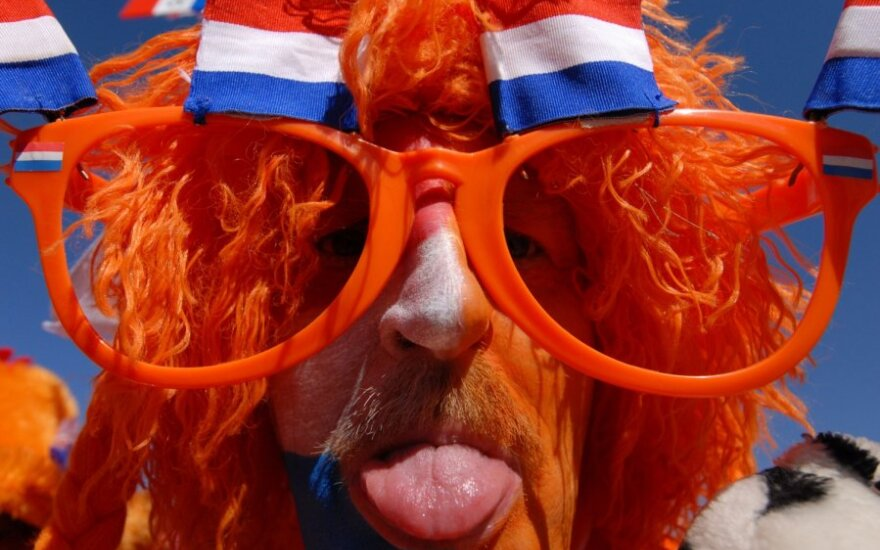 Нидерланды возместят кофешопам убытки от потери клиентов