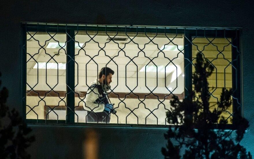 Turkijos policijos tyrėjai baigė kratą Saudo Arabijos konsulate