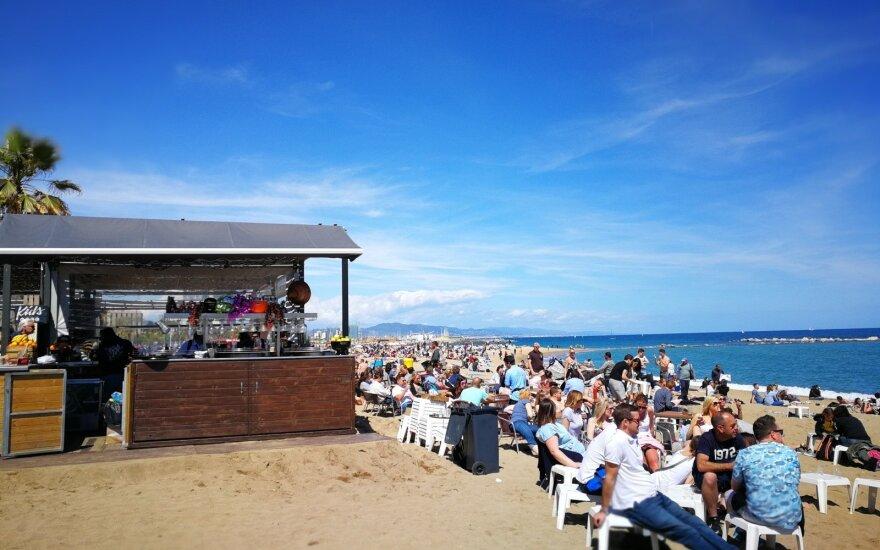 Глава Минздрава о разрешении торговать алкоголем на пляже: плохо оцениваю